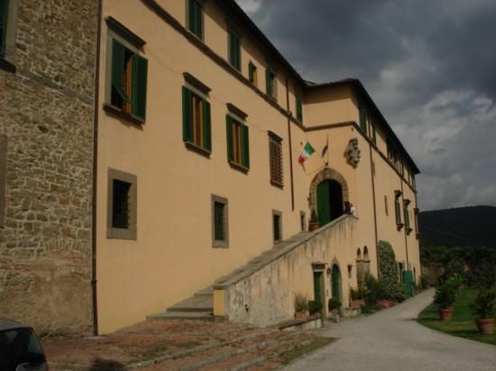 Facciata esterna del Palazzone di Cortona