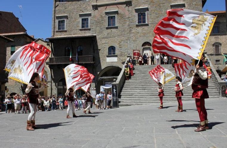 Colata dei Ceri a Cortona